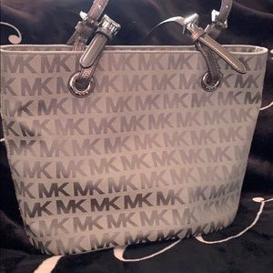 Michael kors Medium size bag